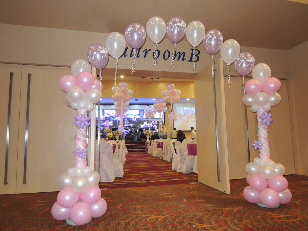 Balloon decorations name ceremony balloon decoration for Balloon decoration courses in london